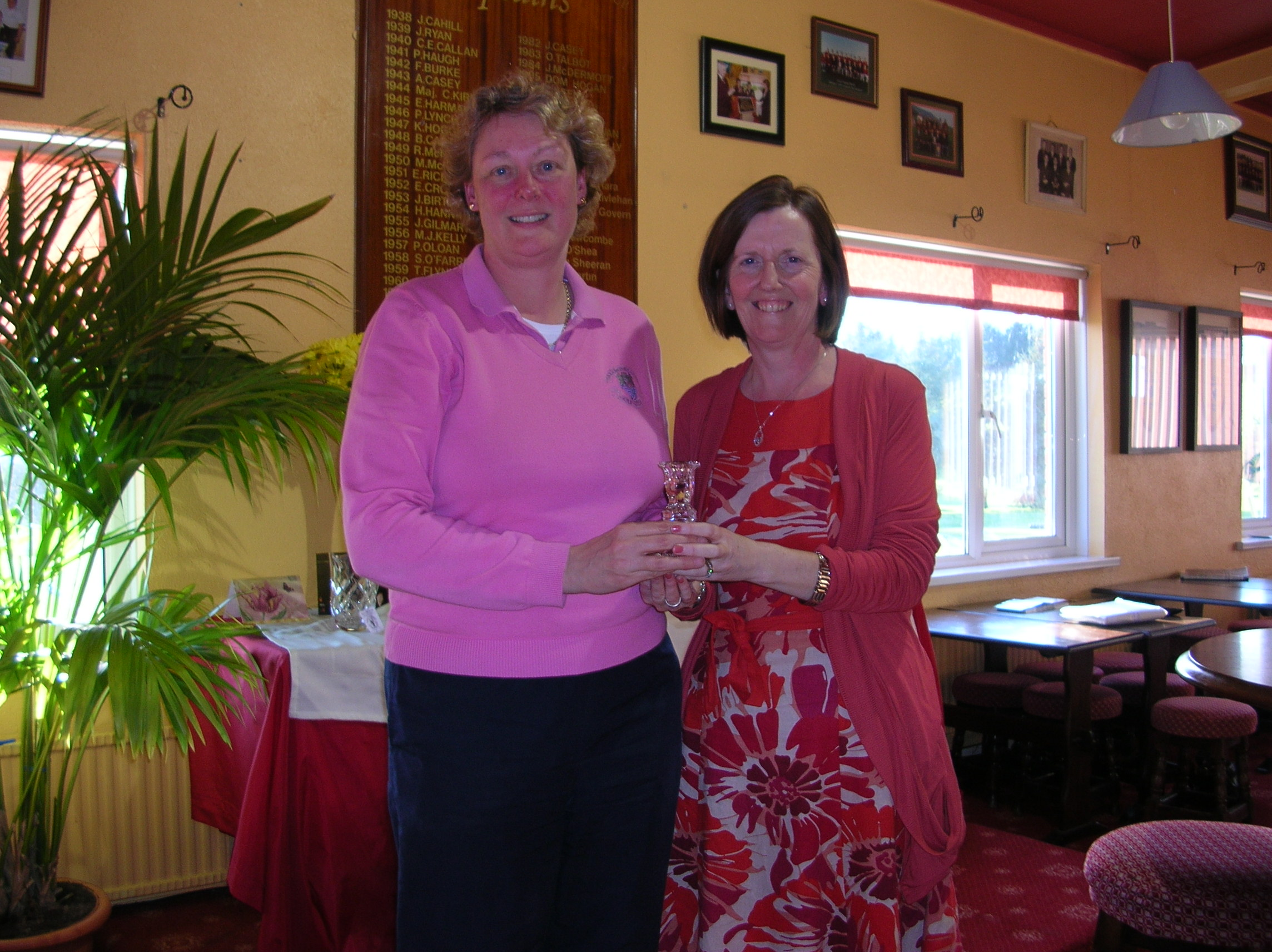 Ann Keenan winner of Front 9 in Maria Talbot Perpetual Trophy 2012 pictured receiving prize from Patrice Gallagher.