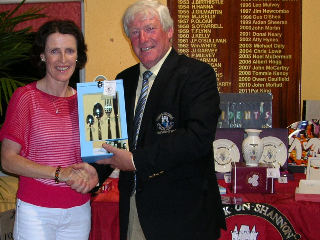 Ger Farry is presented with Gross Prize by President PJ Sharkey
