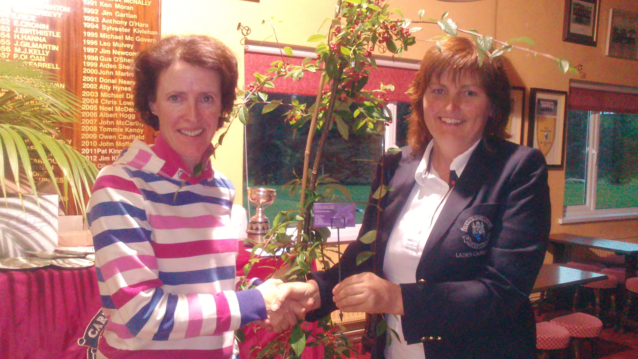 Ger Farry is presented with First Prize in the Drumsna Garden Centre Scramble by Lady Captain Dolores Mulvey. Missing from the picture: Marie Leyden, Liz McAvoy,  & Frances Molloy
