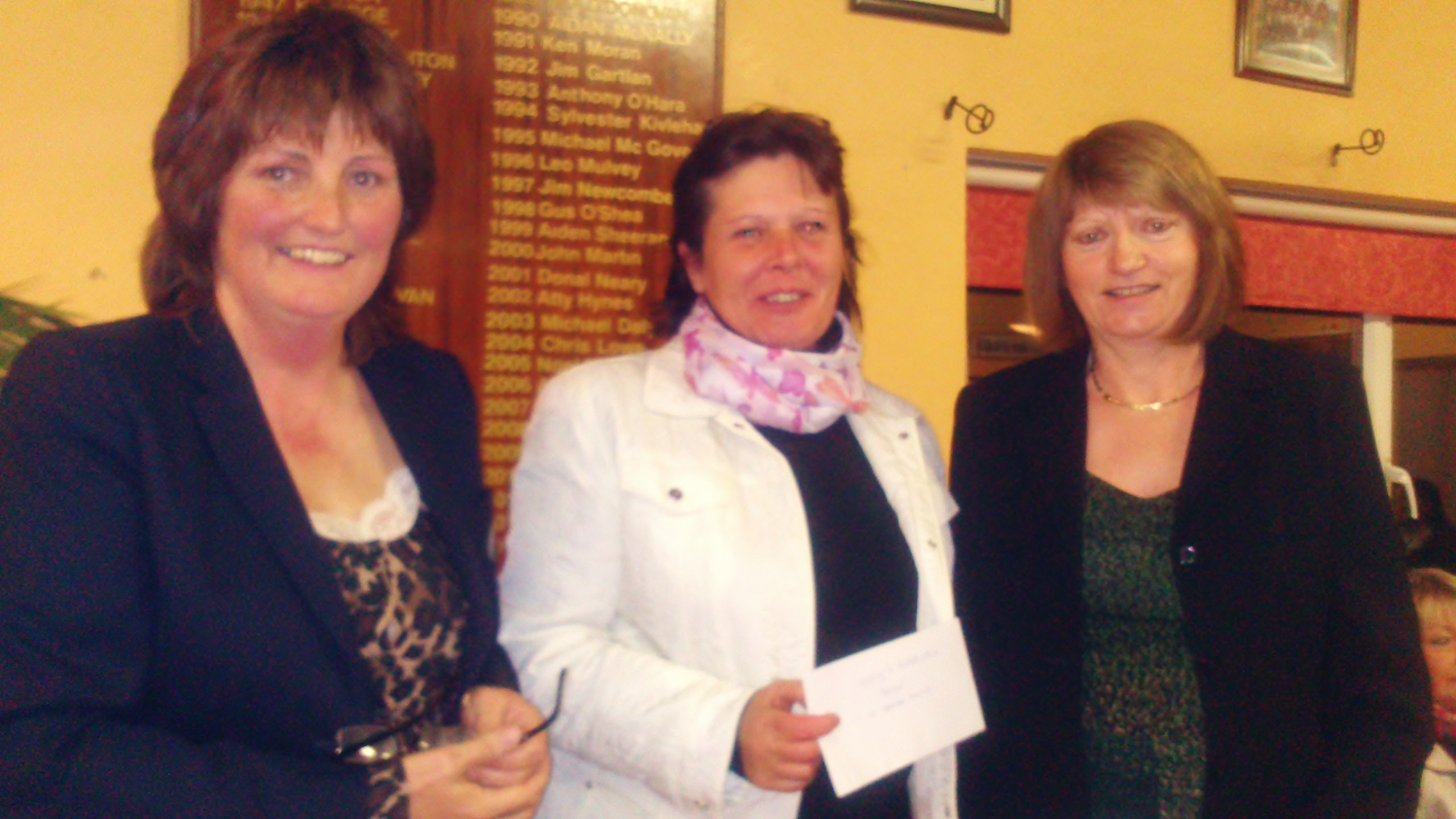 Winner of Kellys Supervalu Stableford , Brenda Kelly pictured  with Captain Dolores Mulvey and Vice Captain Mary Molloy