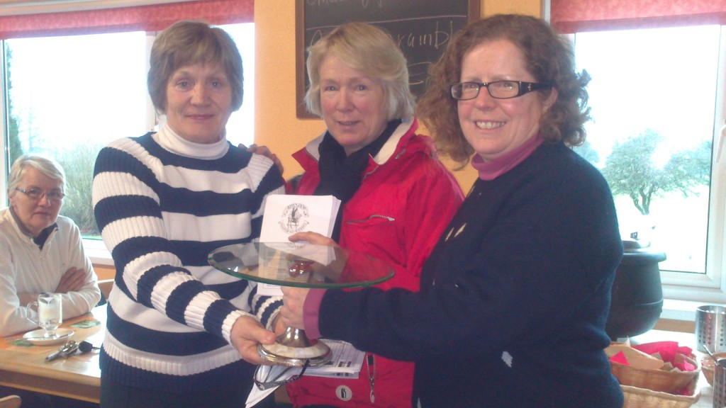 Ann Cox and Marie Leyden present Third Prize to Siobhan Talbot in Jan Alliance