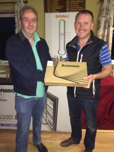 Imagine Shane Kelly won a gross !! receiving his prize from David McGarry