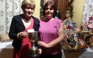 The Lidl Garvey Cup is presented to 2015 winner Anne Cox by Competition Secretary Brenda Kelly.