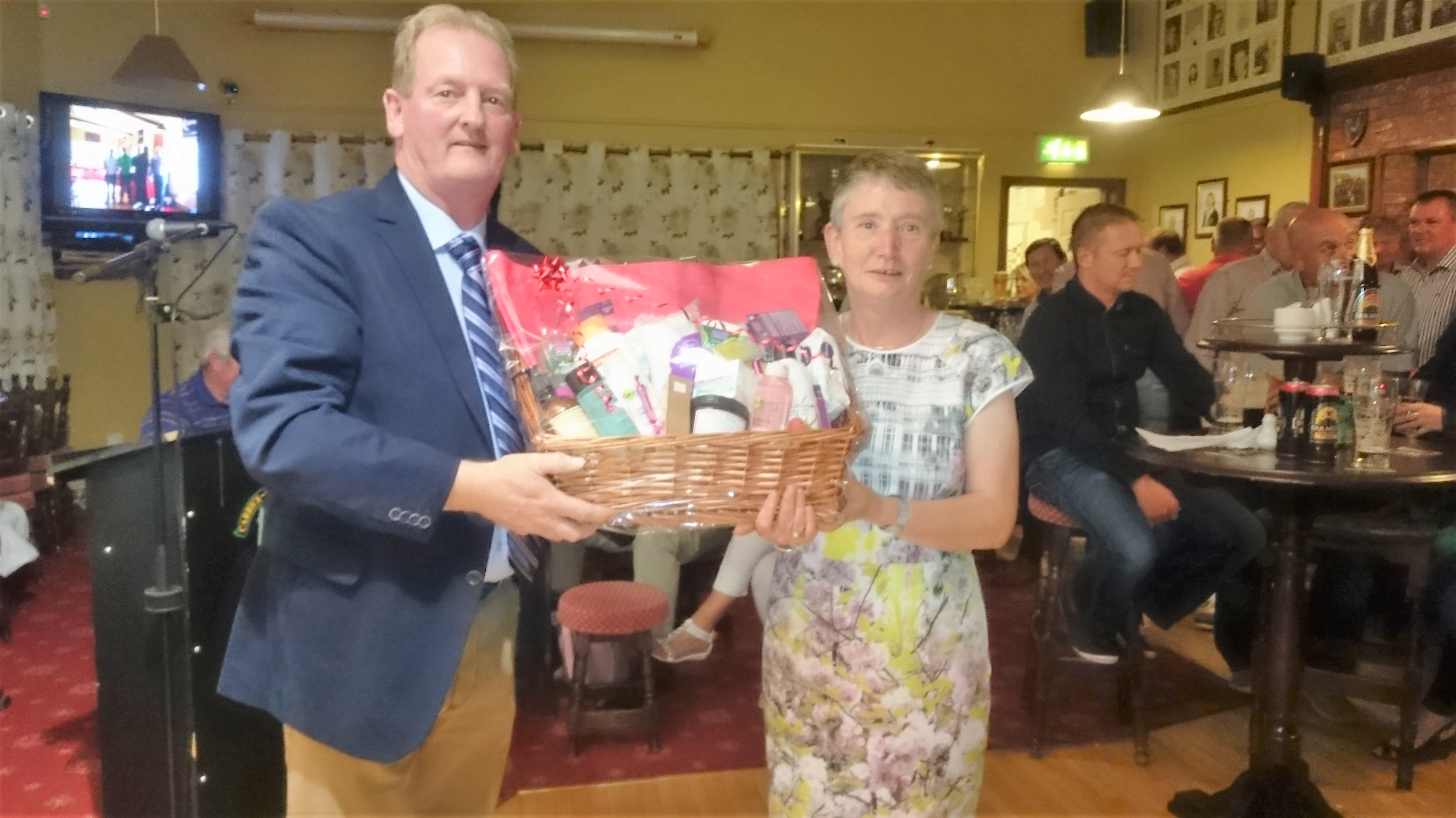 CAPTAIN'S PRIZE TO LADIES: Attracta O'Connor(SECOND), Captain Damien Duignan